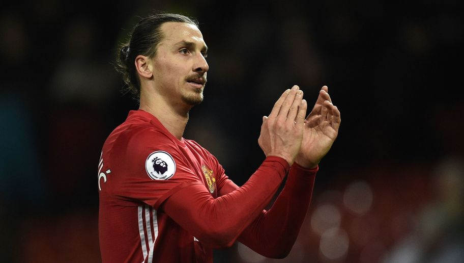 Manchester United's Swedish striker Zlatan Ibrahimovic applauds supporters as he walks from the pitch after the English Premier League football match between Manchester United and Tottenham Hotspur at Old Trafford in Manchester, north west England, on December 11, 2016. Manchester United won the game 1-0. / AFP / OLI SCARFF / RESTRICTED TO EDITORIAL USE. No use with unauthorized audio, video, data, fixture lists, club/league logos or 'live' services. Online in-match use limited to 75 images, no video emulation. No use in betting, games or single club/league/player publications. / (Photo credit should read OLI SCARFF/AFP/Getty Images)